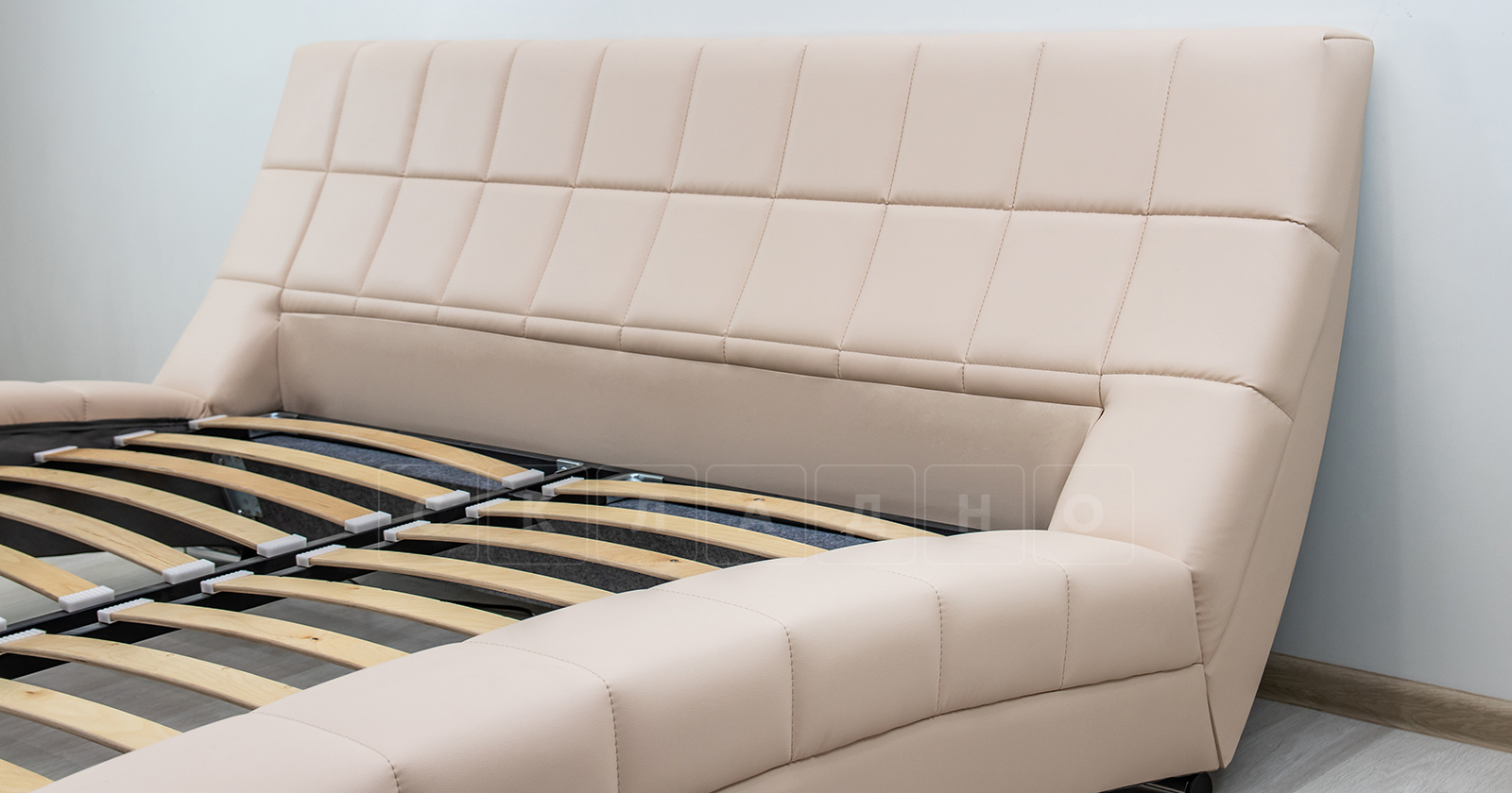 Мягкая кровать Оливия 160 см экокожа бежевый фото 5 | интернет-магазин Складно
