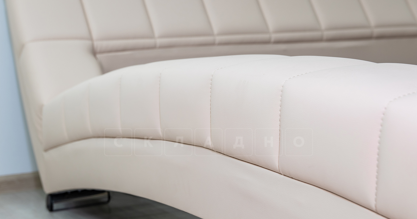 Мягкая кровать Оливия 160 см экокожа бежевый фото 7 | интернет-магазин Складно