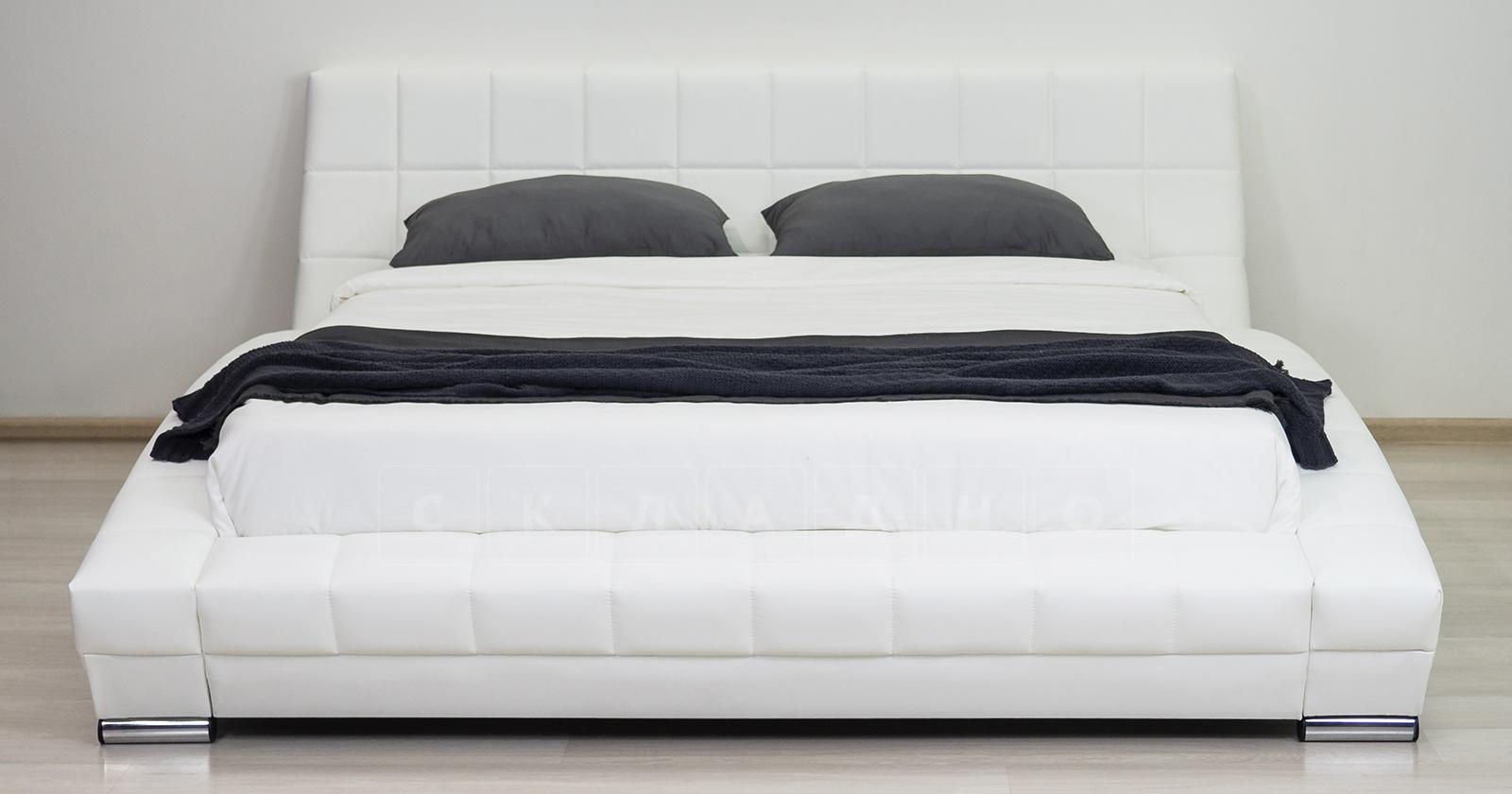 Мягкая кровать Оливия 160 см экокожа белый фото 8 | интернет-магазин Складно