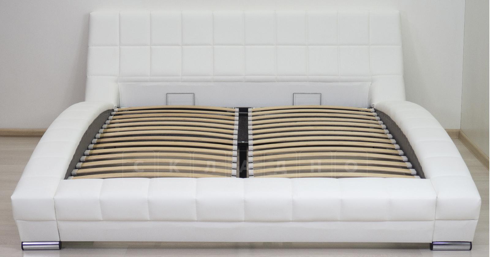 Мягкая кровать Оливия 160 см экокожа белый фото 3 | интернет-магазин Складно