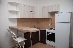 Барная стойка для кухни на хромированной опоре 1100 толщина 38 мм 7350 рублей, фото 4 | интернет-магазин Складно