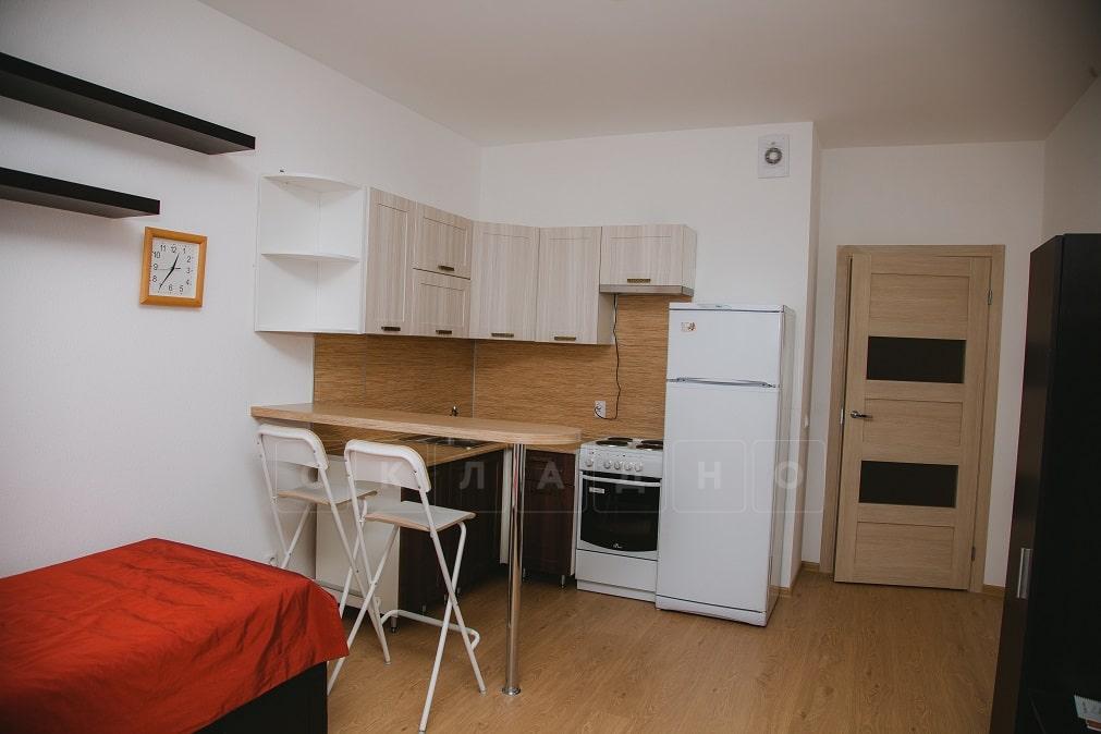 Барная стойка для кухни на хромированной опоре 1100 толщина 38 мм фото 5 | интернет-магазин Складно
